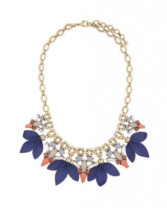 Le collier graphique : Stella & Dot, 98 €
