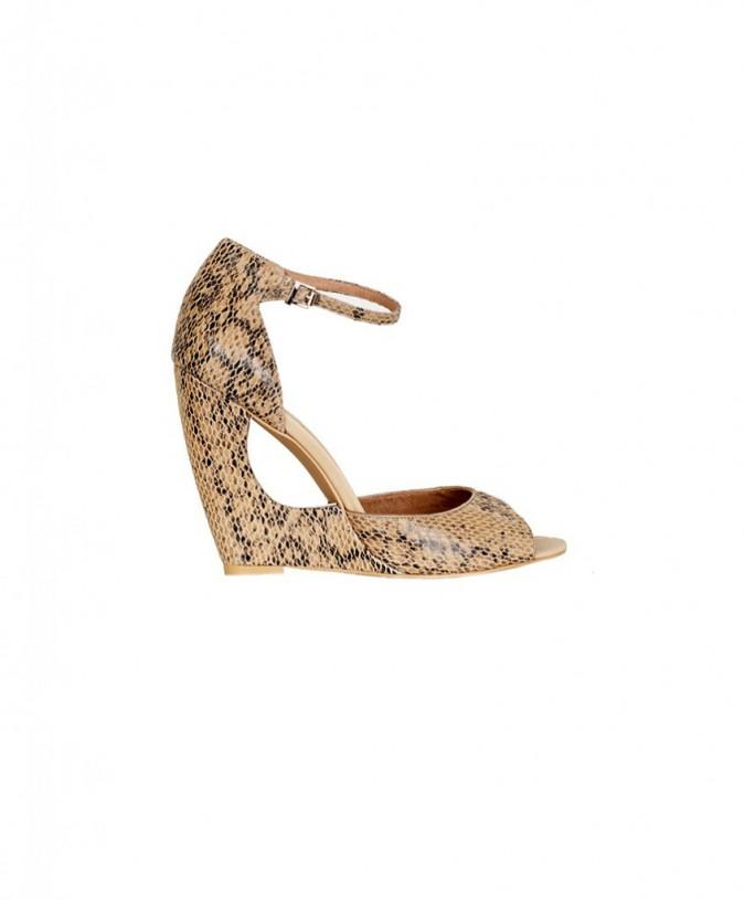 Sandales, Naf Naf 80 €