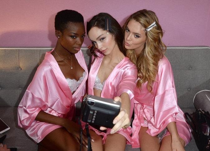 Victoria's Secret Fashion Show : En direct des backstages : Maria Borges, Luma Grothe