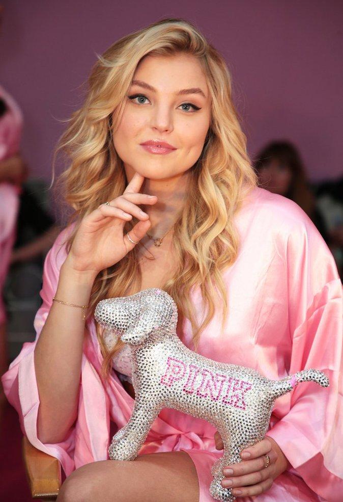 Victoria's Secret Fashion Show : En direct des backstages : Rachel Hilbert