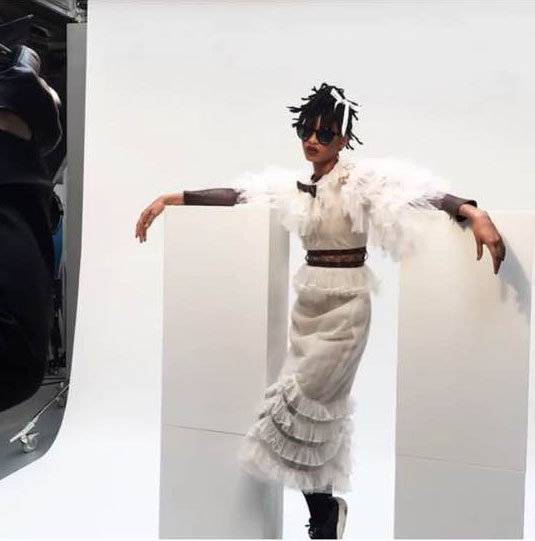 Photos : Willow Smith : Son nouveau shooting pour Chanel en met plein les yeux !