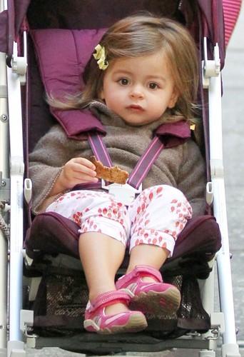 Tabitha a commencé à s'intéresser à la mode très jeune.