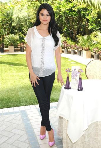 Selena Gomez à Beverly Hills, le 19 avril 2012.