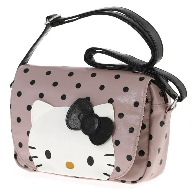 Sac Hello Kitty 51 euros, Camomilla