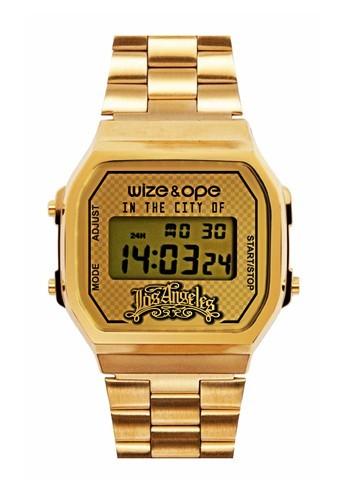 Mini-montre en métal doré, Casio chez Afwosh, 49 €.