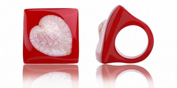 Un hiver à l'eau de rose : Bague cœur, Cardissa, 165 €