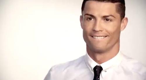 Vidéo : Cristiano Ronaldo, mannequin de charme pour sa collection de chemises