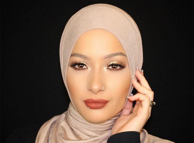 Une YouTubeuse voilée devient égérie pour la marque Covergirl !