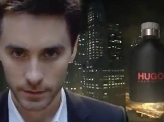 Vidéo : Jared Leto en costard dans les rues de New York pour le nouveau parfum Hugo Boss !