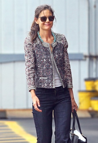 Katie Holmes portant une veste zippée Isabel Marant