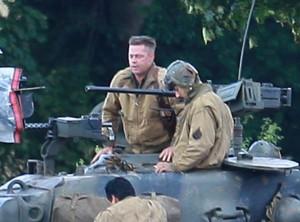 Brad Pitt sur le tournage de Fury