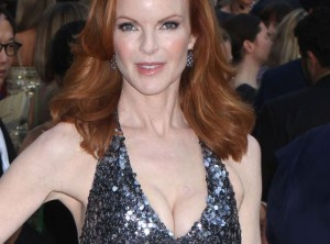 Décolleté plongeant de Marcia Cross aux CFDA Fashion Awards
