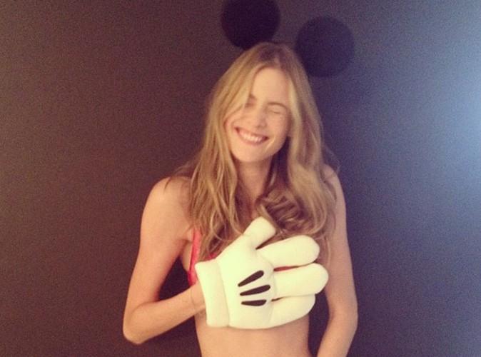 Adam Levine : sa nouvelle fiancée se déguise en Mickey version super sexy !