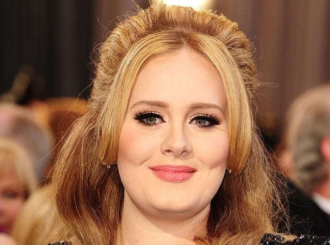 Adele : pour contrer les escrocs, la chanteuse devient une marque déposée !