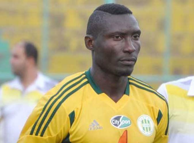 Albert Ebossé : l'attaquant international mortellement agressé lors d'un match en Algérie...