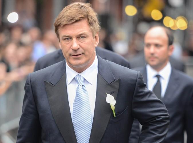 Alec Baldwin : il offre un million de dollars pour fêter son mariage !