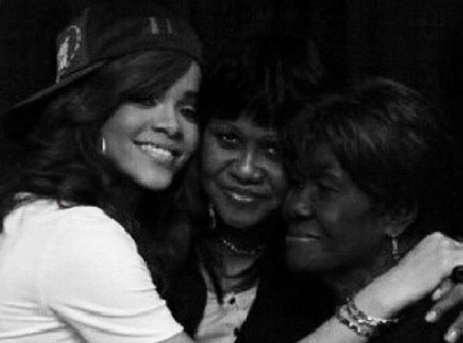 Rihanna très triste après la disparition de sa grand-mère...