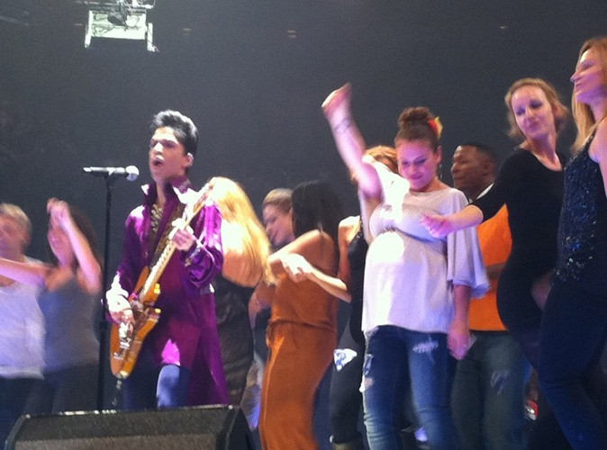 Alyssa Milano : enceinte, elle danse avec Prince !