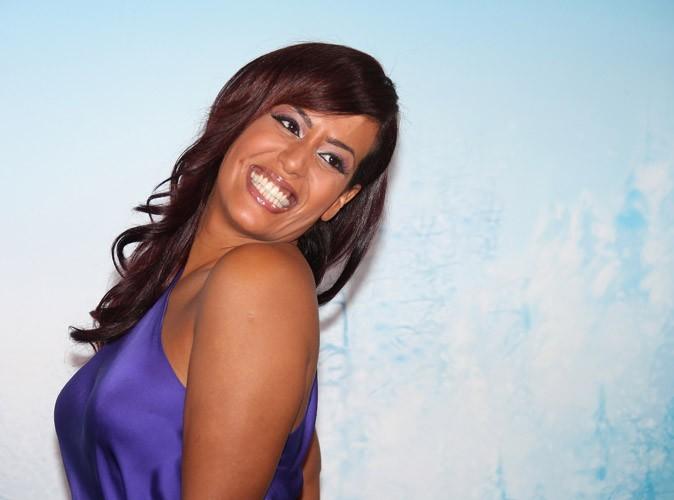Amel Bent : pleine de bonnes intentions, elle souhaite un bon anniversaire à sa maman sur Twitter !