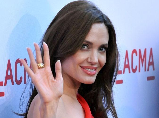 Angelina Jolie a bien besoin d'un petit coup de main pour s'occuper de ses six enfants !