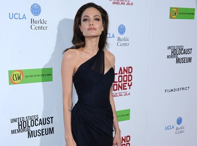 Angelina Jolie : elle offre des fusils à ses enfants!