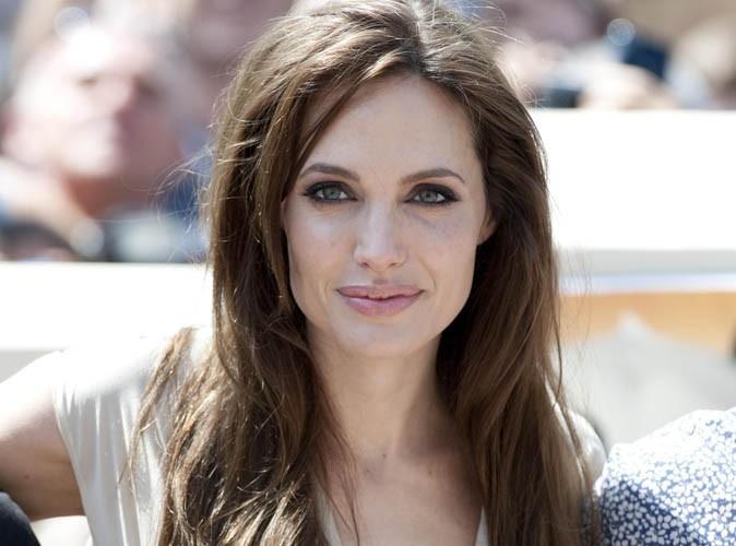 """Angelina Jolie : """"Les mots """"adoption"""", """"mère biologique"""" et """"orphelinats"""" sont des mots positifs chez nous"""""""