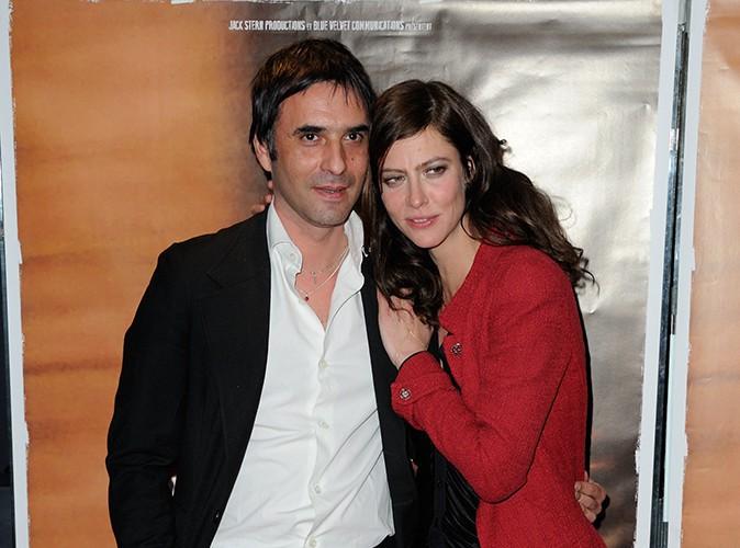 """Anna Mouglalis : en instance de divorce, elle évoque sa """"complicité"""" avec Samuel Benchetrit !"""