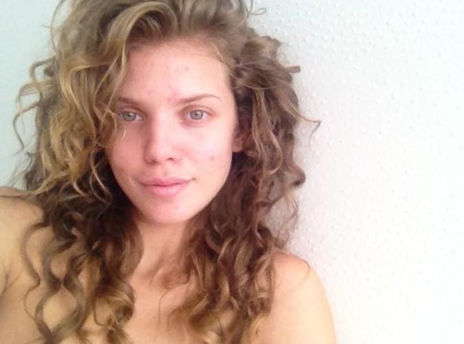 AnnaLynne McCord : elle pose au réveil et assume de ne pas être parfaite !