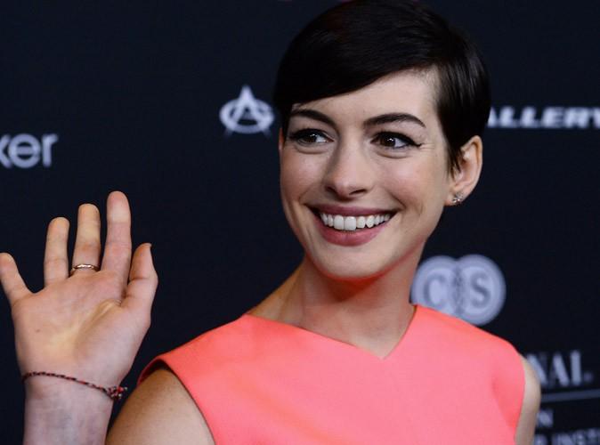 Anne Hathaway : en réalité, elle est odieuse !