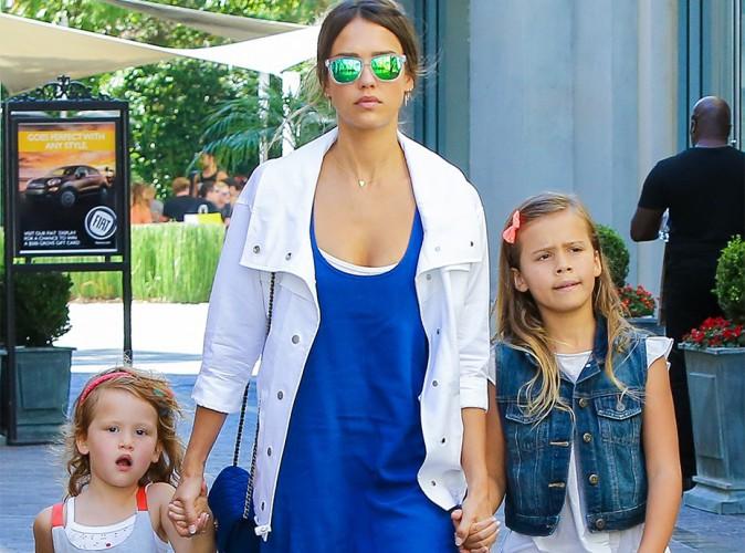 Apr�s la pol�mique, Jessica Alba utilise ses filles pour se d�fendre !