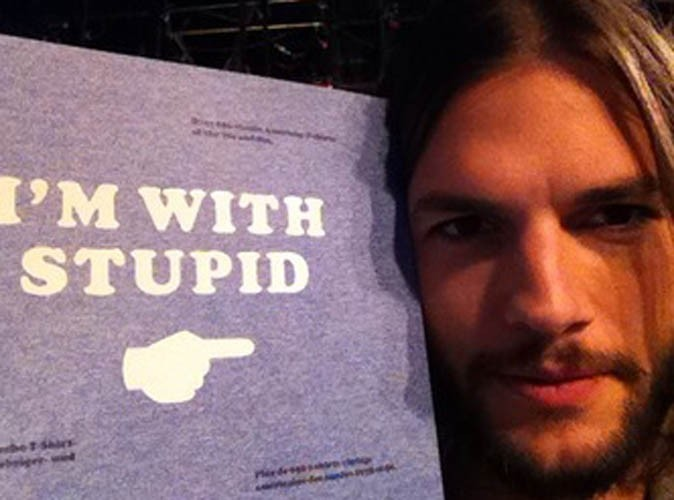 Ashton Kutcher : il continue de faire son mea culpa !
