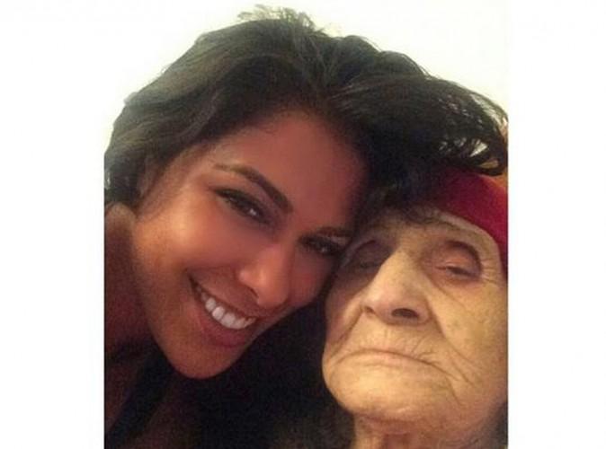 Ayem Nour : tendres retrouvailles avec sa grand-mère en Tunisie !