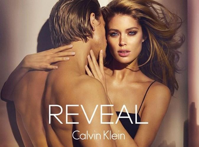 Beauté : Doutzen Kroes et Charlie Hunnam : c'est hot pour le nouveau parfum Calvin Klein !