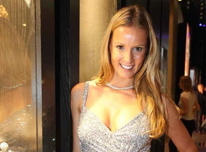 Joke van de Velde : Miss Belgique 2000 joue les couguars !