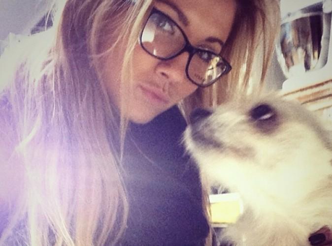 Noémie Happart : son ti'chien prend la pose !