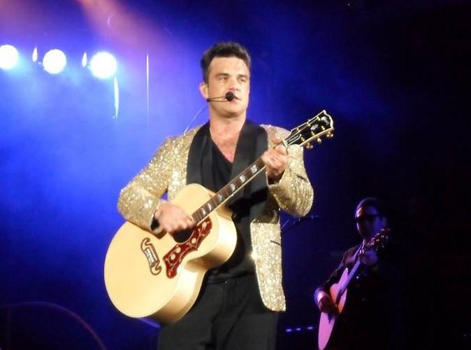 Robbie Williams : il enflamme le Stade roi Baudouin, sous les yeux du Prince Laurent!