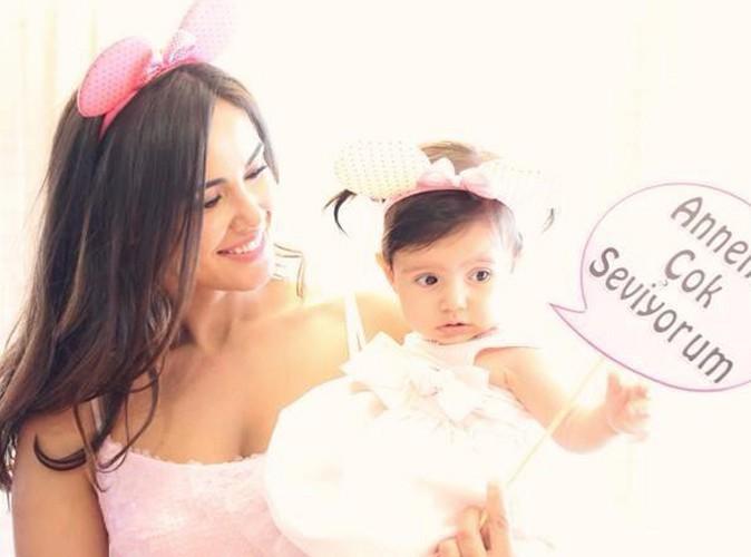 Zeynep Sever : elle fête la première dent de sa fille !