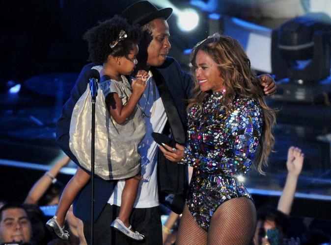 Beyonc� : la petite Ivy Blue portait une robe � 350$ lors des MTV Video Music Awards !