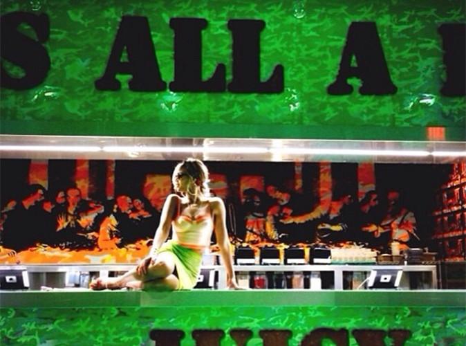 """Beyoncé : prise en photo devant la """"Cène"""" et Jésus, elle choque et crée la polémique !"""