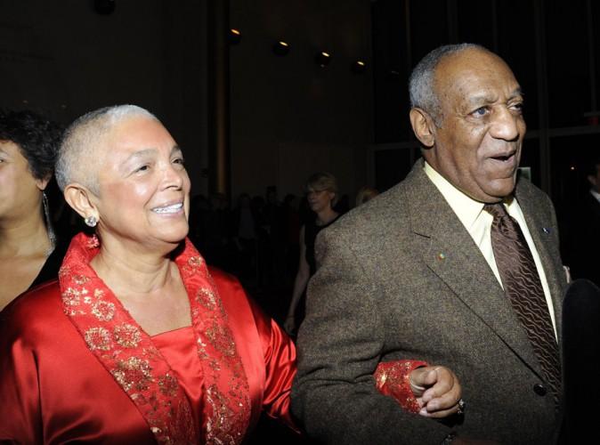 Bill Cosby : sa femme affirme que les victimes étaient consentantes pour la drogue !