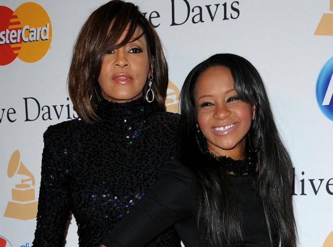 Bobbi Kristina : ses funérailles programmées, elle reposera auprès de Whitney Houston...