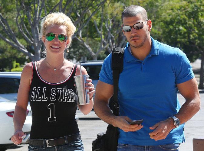 Britney Spears : découvrez pourquoi son corps est recouvert de bleus !