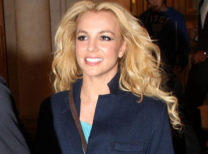 Britney Spears : elle demande de l'aide pour son shopping de Noël !