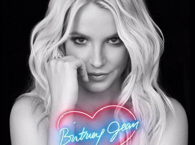 Britney Spears : elle dévoile la pochette de son nouvel album et adresse une lettre à ses fans !