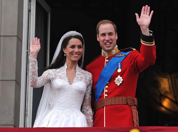 Buzz : un fan débourse 3 100 euros pour s'offrir une part du gâteau de mariage de Kate et William !