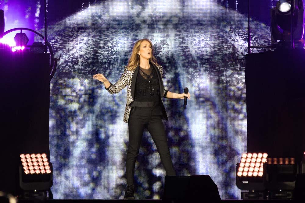 Céline Dion : A Lyon, les fans sont furieux !
