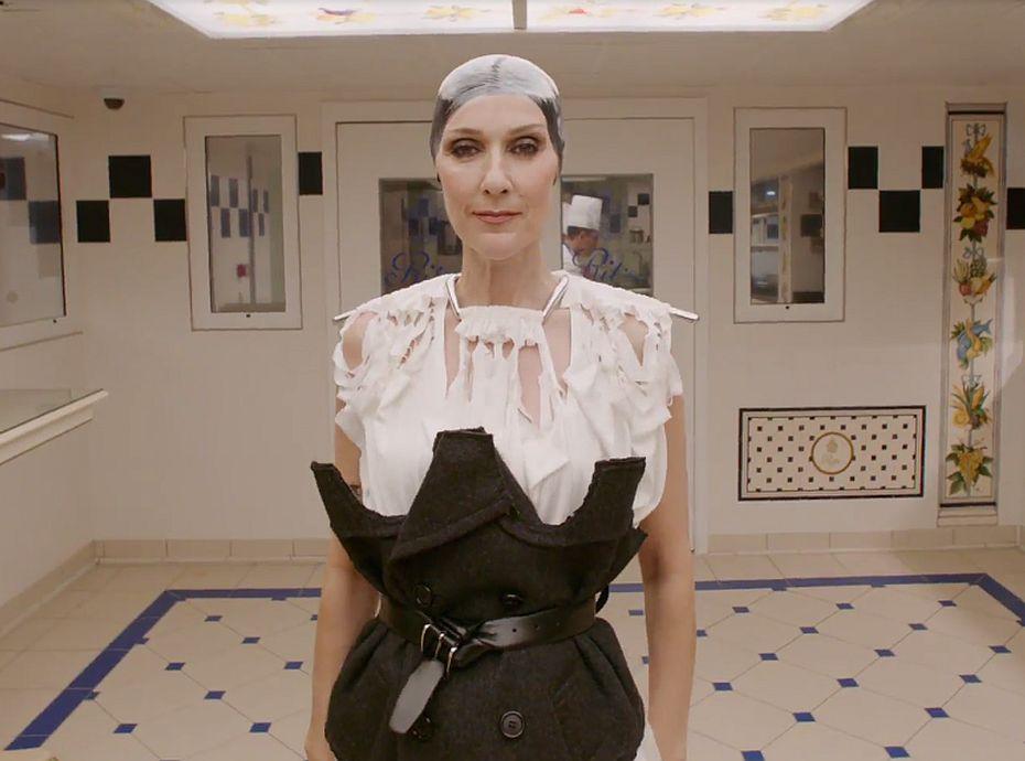 Celine Dion : Complètement déjantée dans un shooting pour Vogue... elle nous fait craquer !