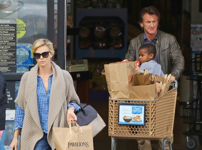 Charlize Theron et Sean Penn : sur le point d'adopter ?