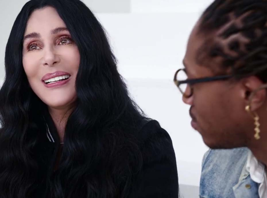 Cher devient égérie Gap... À 71 ans !