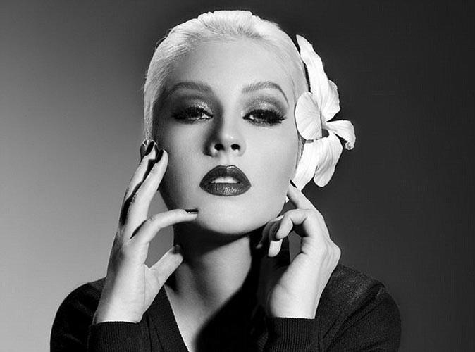 Christina Aguilera aurait-elle abusé de photoshop ?